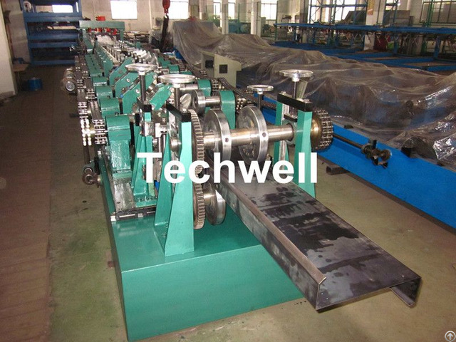 Cz Purlin Roll Forming Machine With Plc Control System
