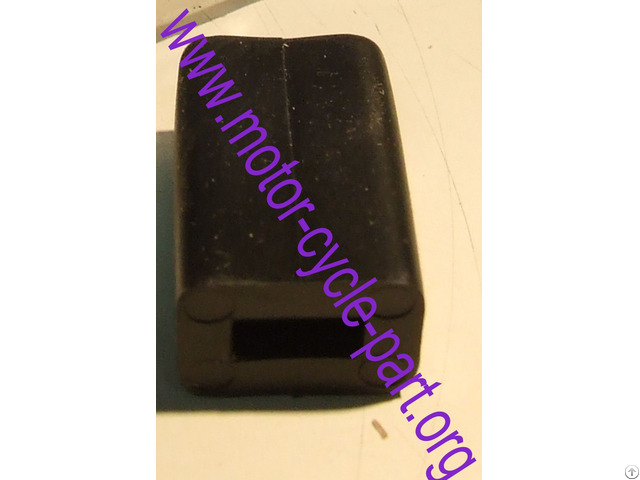 Yamaha 663 43318 00 Outboard Rubber Cover