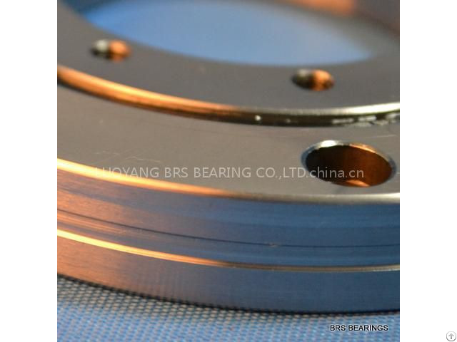 Crbf 8022 At Crossed Roller Bearing With Mounting Holes