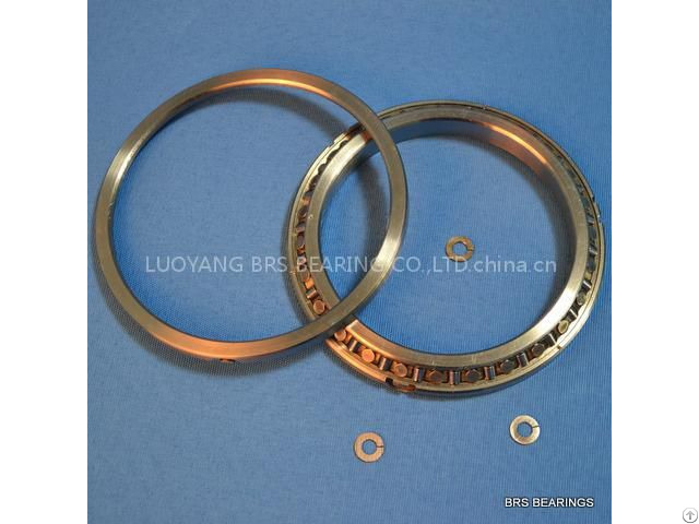 Sx011818 Thin Section Cross Roller Bearing For Precision Rotary Tables