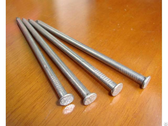 Common Round Nails