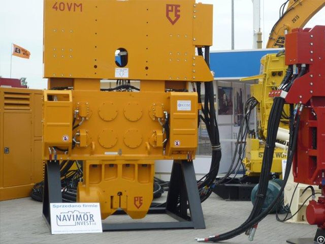 Pve 40 Vm Used Vibro Hammer To Work On A Crane Or Piling Rig