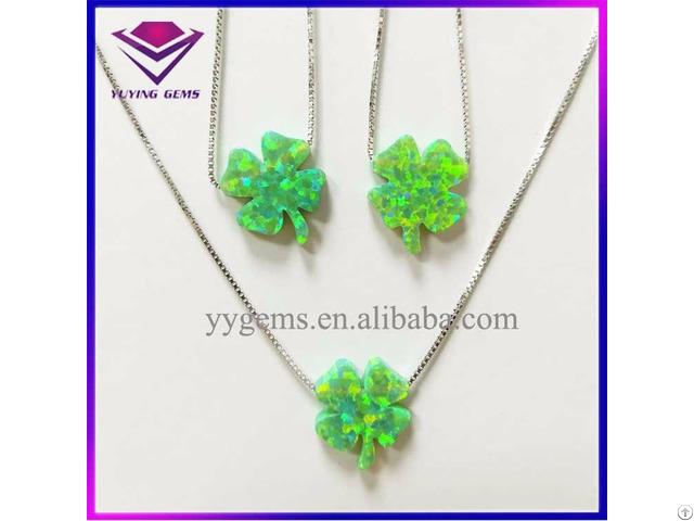 Popular Green Clover Shape Opal Bead Silver Pendant Necklace