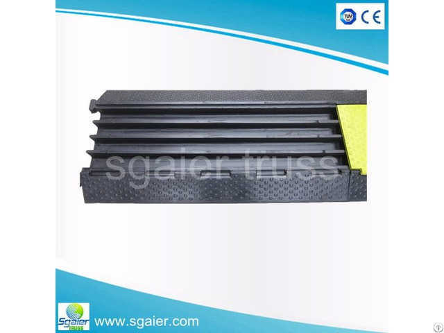 Sgaier 100% Rubble Yellow Jacket Cable Ramp