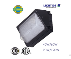 Dlc Qualified Semi Cut Off Led Wall Pack Lights Polycarbonate Refractor