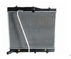 Toyota Hiace 16400 70170 Aftermarket Aluminum Fin Tube Car Radiator Pa66 Gf30