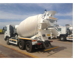 Stable Performance Howo A7 6x4 Mixer Truck Manufacturer For Engineering Construction
