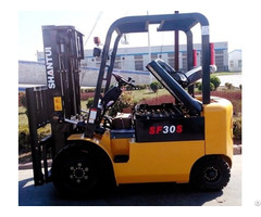 Electric Forklift With Large Battery