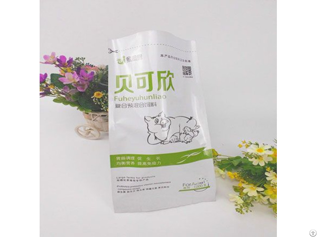 Hot Sale Plastic Quad Seal Bag For Compound Premixed Feed Packaging