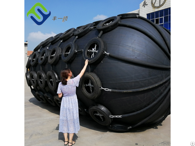 China Factory Direct Sale Dock Port Ship Pneumatic Rubber Fender For Berthing