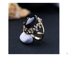 Black Fashion Retro Metal Inlaid Pearls Ring
