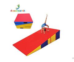 "71""x35""x16"" Folding Cheese Wedge Incline Gymnastic Mat"