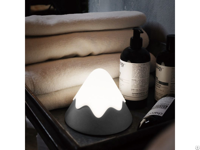 Snow Mountain Lamp