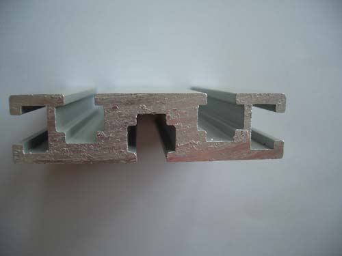 1560b China Aluminum Profiles