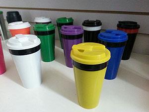 5 Discount Beverage Plastic Mugs With Lid Bpa Free