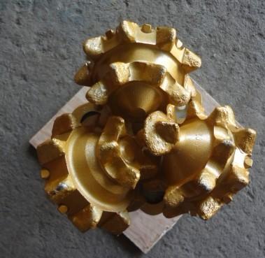 Api High Quality Tricone Drill Bit China Manufacturs