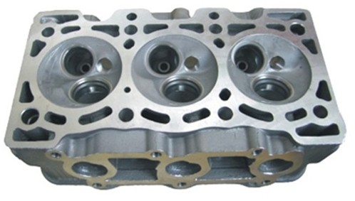 Auto Engine Aprts Cylinder Head