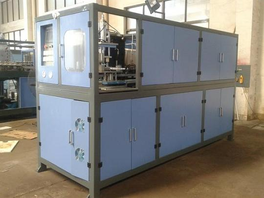 Automatic Pet Blowing Mold Macine