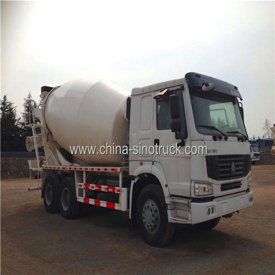 China Sinotruk Howo Concrete Mixer Truck 8cbm 6x4