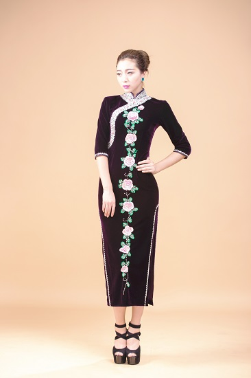 Chinese Tradtional Vintage Cheongsam Qipao Long Velvet Dress