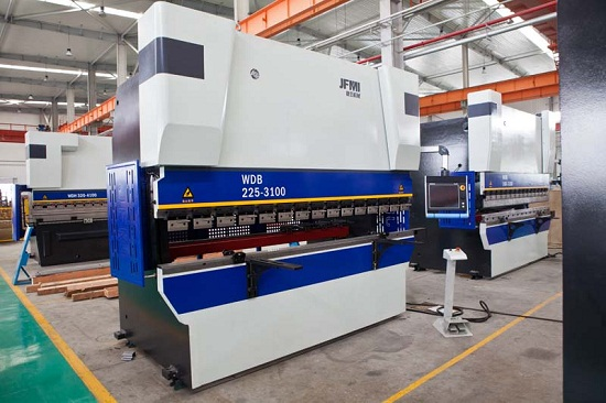 Cnc Electro Hydraulic Servo Synchronized Press Brake