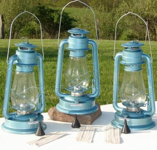 D80 Hurricane Lantern Kerosene