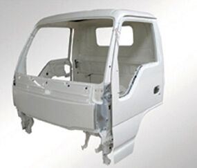 Direct Supplier Truck Cabin Isuzu 600p Nkr Npr Auto Body Parts