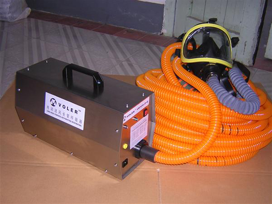 Electric Supply Air Respirator With A Long Tube