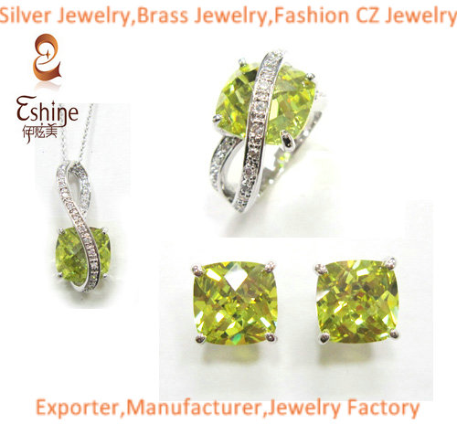 Fantastic Sterling Silver Jewelry Set With Cushion Peridot Cz Stones Women Wedding Party