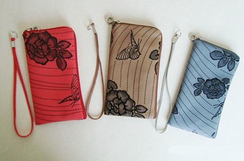 Fashion New Flower Shape Neoprene Mobile Pouch