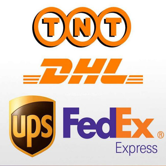 Fedex Courier Express Provides Customer S Door To Delivery Service