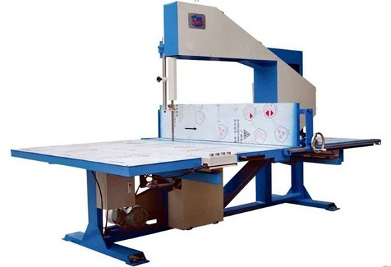 Foam Vertical Saw Cutting Machine