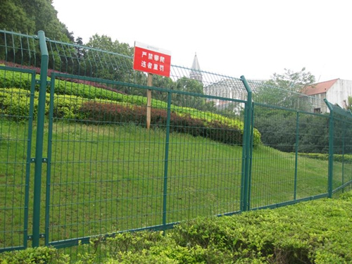 Galvanised Welded Fence For Sale