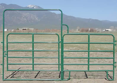 Horse Corral Panels And Gates From Round