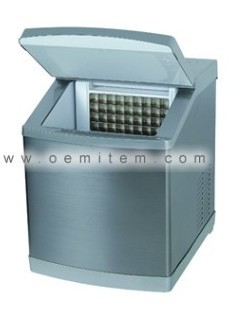 Ice Maker With 22kgs Capacity