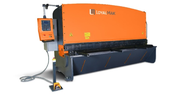 Loyalmak Versacut Hydraulic Variable Rake Guillotine Shear
