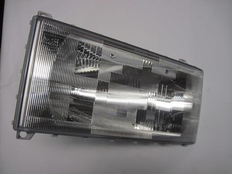 Mack Headlight Lens 7313 95481