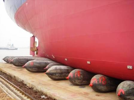Marine Rubber Airbag Is Used For Ship Launching
