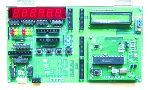 Microcontroller Embedded Trainer Tla810