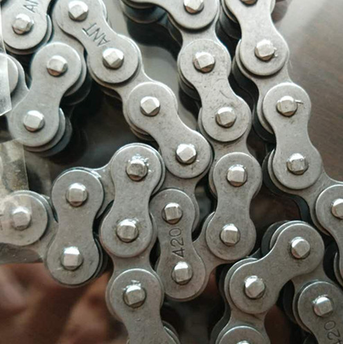 Motorcycle Chain 420 Roller Transmission 45mn 40mn Materail