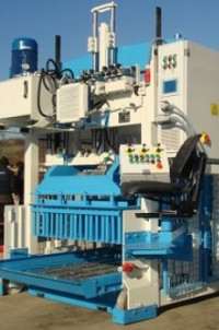 Movable Concrete Block Making Machine Euroblock