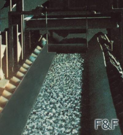 Oil Resistant Conveyor Belt Rubber Finished Calendering