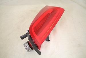 Pair Rear Tail Lights For 2013 Cadillac Xts