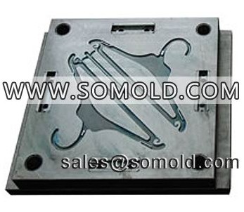 Plastic Injection Hangers Mould