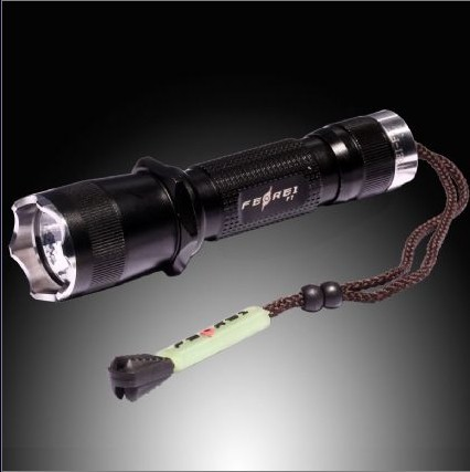 Rechargeable Tactical Gun Led Flashlight F7