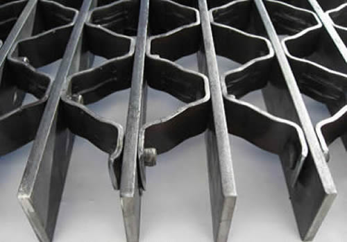 Riveted Grating Ideal For Heavy Load Applications