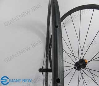Road Carbon Wheels 24mm Tubular