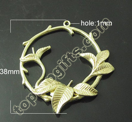 Round Leaf Brass Pendant