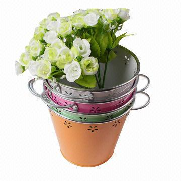 Selling Zinc Flower Basket Garden Pot With Wicker Weaving
