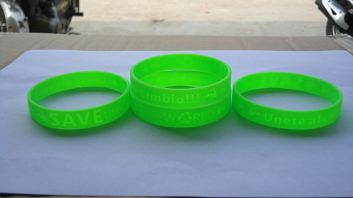 Single Green With Custom Logo Silicone Wristband From Manufacturer